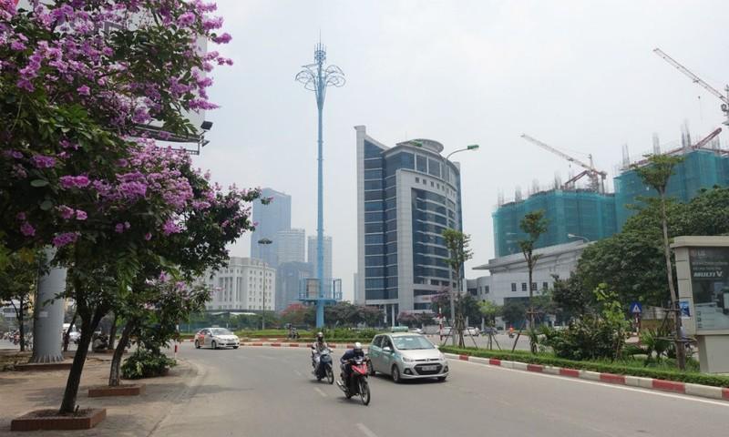 """Ý nghĩa đặc biệt của """"những cây cột màu xanh"""" giữa thủ đô"""