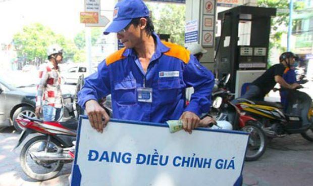 Tăng chi quỹ bình ổn để giữ ổn định giá xăng