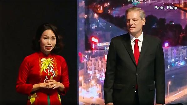 Bà Lê Thị Thu Thủy và ông Jim Deluca.