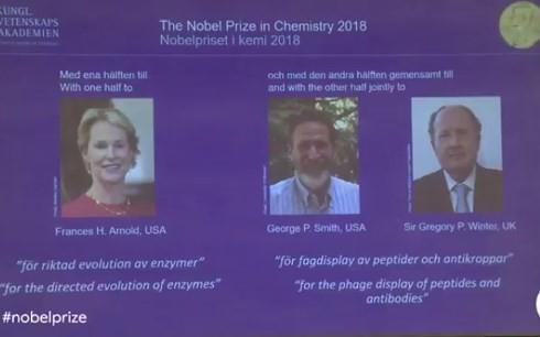 3 nhà khoa học Mỹ, Anh nhận giải Nobel Hóa học 2018