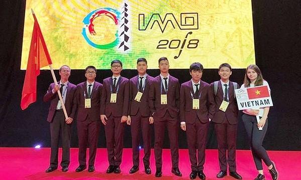Cả 6 thí sinh dự thi Olympic Toán Quốc tế năm 2018 đều đoạt Huy chương
