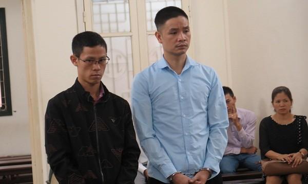 Bị cáo Điệp và Quân tại tòa
