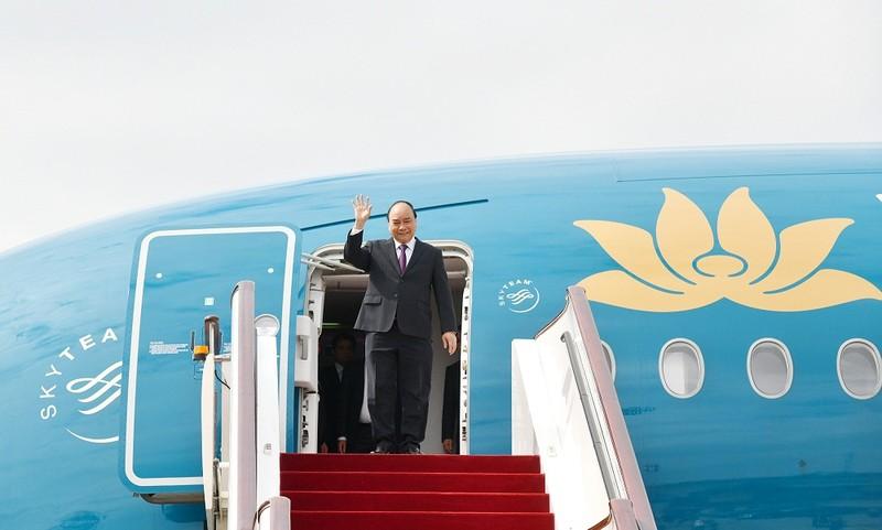 Thủ tướng đã đến Thượng Hải, bắt đầu chuyến tham dự CIIE 2018. Ảnh VGP/Quang Hiếu
