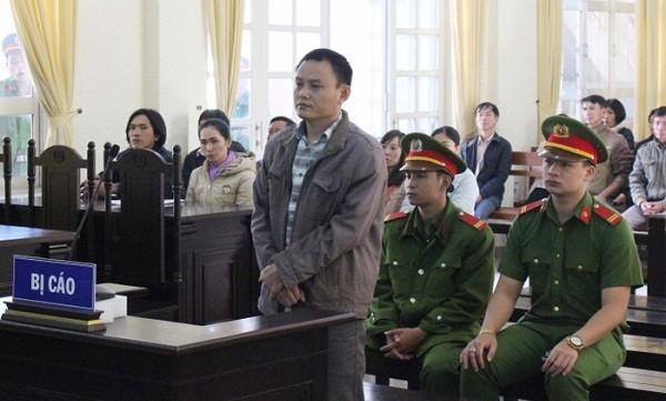 Bị cáo Đậu Đức Quyền tại phiên tòa