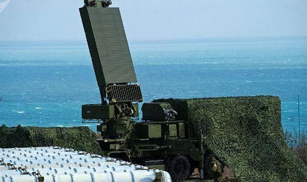 Hệ thống tên lửa phòng không S-400 Triumph của Nga