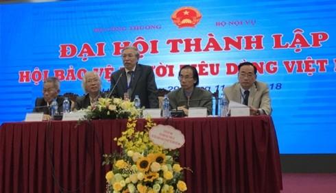 Ông Nguyễn Mạnh Hùng phát biểu tại đại hội. (Ảnh: Bộ Công Thương)