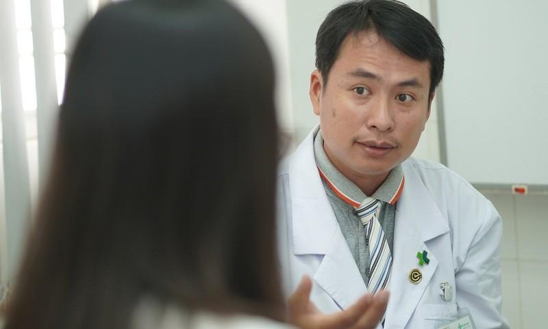 Điều trị thành công cho bệnh nhân bị rỉ nước tiểu do rò bàng quang âm đạo