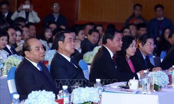 Thủ  tướng Nguyễn  Xuân Phúc: Kỳ vọng hành lang kinh tế mới tạo động lực phát triển