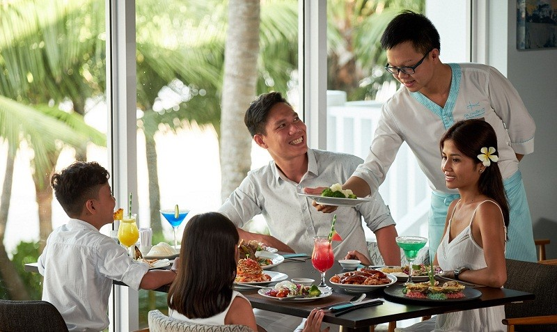 """Đưa cả nhà """"đi từ Âu sang Á"""" với tuần dạ tiệc cuối năm tại Premier Village Danang Resort"""