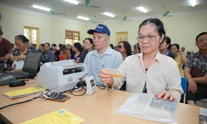 Việc sử dụng Thẻ chi trả đã đem lại thuận lợi cho cả người hưởng, cơ quan BHXH, cơ quan Bưu điện