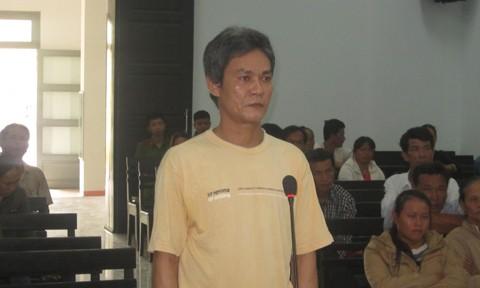 Bị cáo Lê Ngọc Sơn tại phiên tòa sơ thẩm. Ảnh CATPHCM