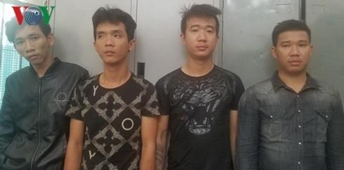 Nhóm đối tượng đòi nợ thuê, bắt giữ người trái phép bị Công an TP Nha Trang tạm giữ hình sự điều tra làm rõ vào tháng 11/2018