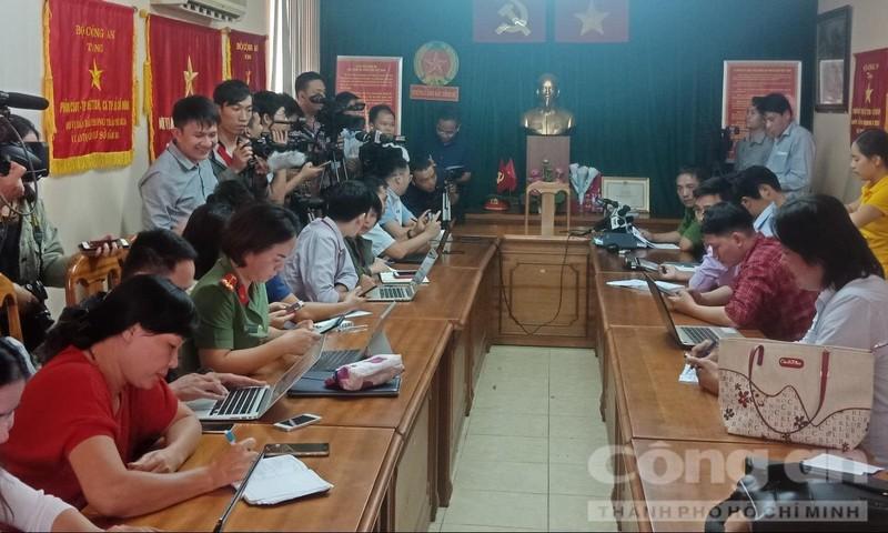 Bắt đường dây mang thai hộ cho người nước ngoài ở Sài Gòn
