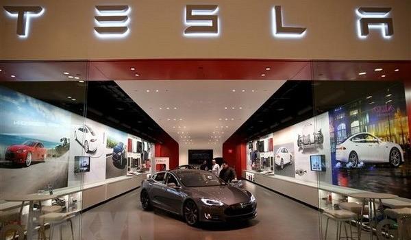 Tesla hối thúc Mỹ miễn thuế cho 'bộ não' ôtô sản xuất tại Trung Quốc