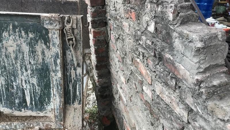 Đánh người vì bức tường đổ: Lộ chuyện bất thường trong giải phóng mặt bằng