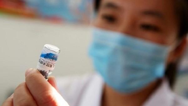 Trung Quốc: Ít nhất 145 trẻ uống phải vaccine hết hạn