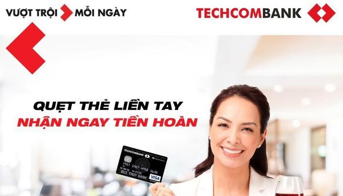 Mua sắm Tết, hoàn tiền với thẻ thanh toán Techcombank