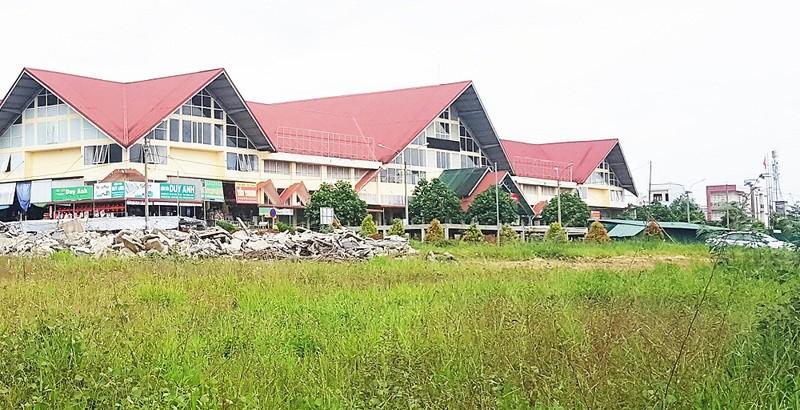 Dự án Chợ Bảo Lộc làm nổ ra các tranh chấp