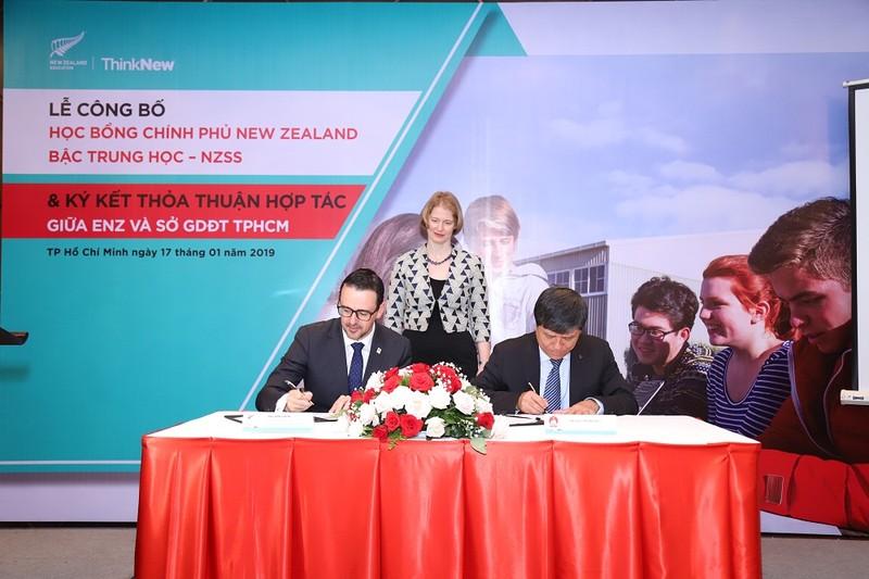 ENZ tiến hành Lễ ký kết với Sở Giáo dục và Đào tạo TP. Hồ Chí Minh