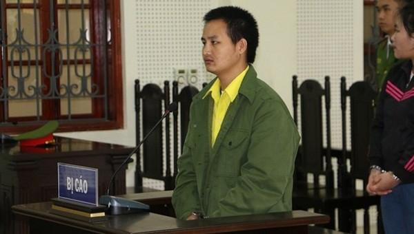 Bị cáo Phoong Xồng tại phiên tòa. Ảnh: Quỳnh An/Báo Nghệ An
