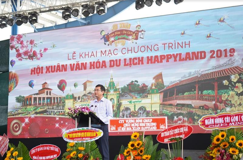 Ông Phạm Văn Cảnh – Phó Chủ tịch UBND tỉnh Long An phát biểu chúc mừng Hội Xuân Văn hóa Du lịch Happyland 2019