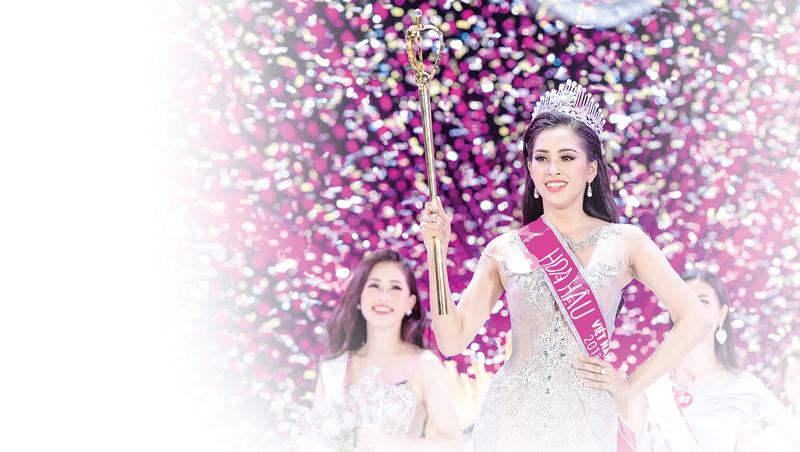 Hoa hậu Tiểu Vy: Từ cô gái vấp té đến bước chân tự tin trên sàn Miss World 2018