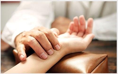 Ai là cha đẻ phương pháp bắt mạch Đông y?