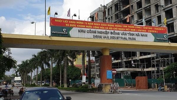 """Hà Nam: Quyết định hành chính và phán quyết của tòa """"đá"""" nhau"""