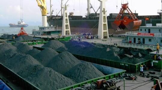 Giá trộn than mới theo đề xuất của TKV và Tổng Công ty Đông Bắc cao hơn từ 188.000 - 273.000 đồng/tấn