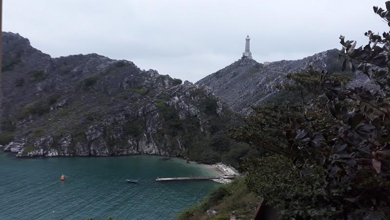 Đèn biển Long Châu- nơi tiền tiêu cửa ngõ Đông Bắc