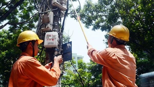 Dù lùi ngày ghi chỉ số công tơ trong tháng 2 do trùng dịp nghỉ Tết, nhưng khách hàng vẫn được đảm bảo số điện theo bậc thang