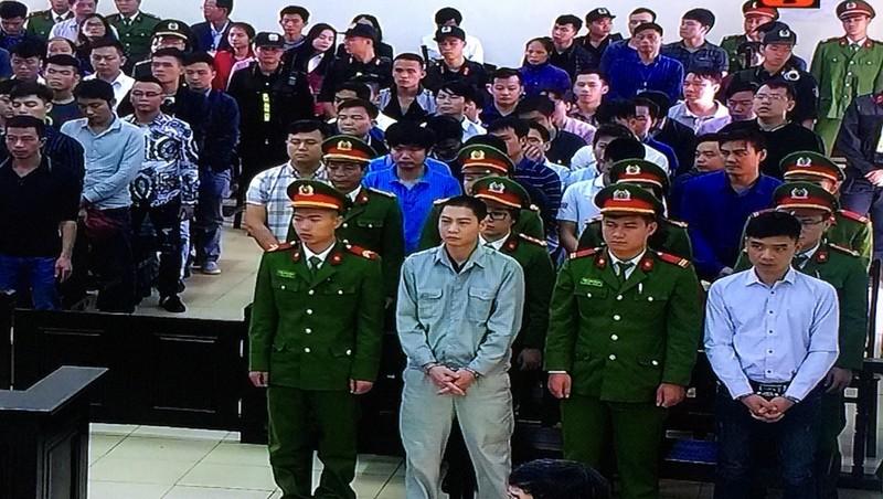 Diễn biến xét xử phúc thẩm vụ đánh bạc nghìn tỷ: Phan Sào Nam và 16 bị cáo được đề nghị giảm hình phạt