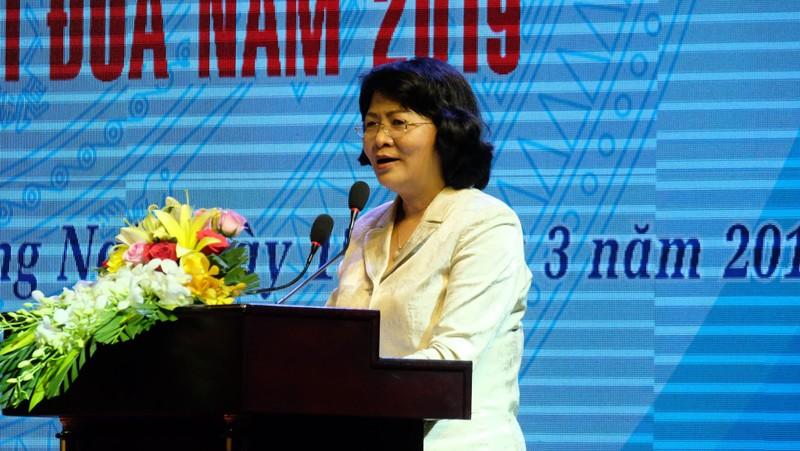 Phó Chủ tịch nước  Đặng Thị Ngọc Thịnh phát biểu tại hội nghị