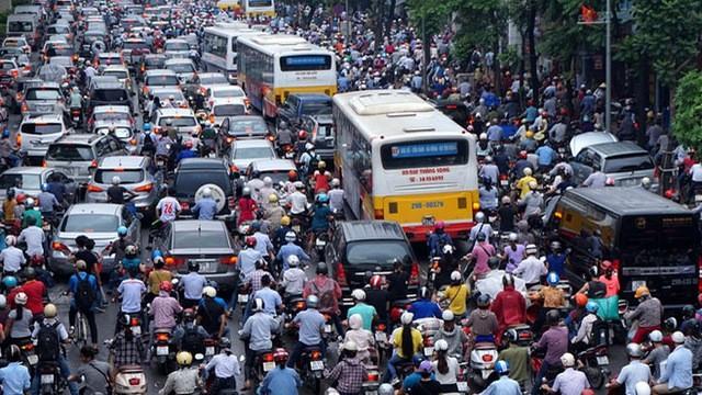 Hà Nội không nên cấm xe máy nếu phương tiện công cộng chưa phát triển