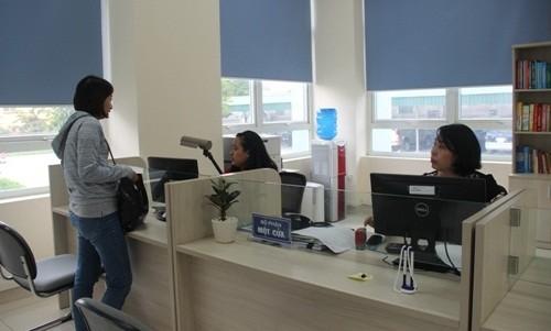 """Bộ phận """"một cửa"""" Chi cục Thuế khu vực Uông Bí - Quảng Yên (Cục Thuế Quảng Ninh) hoạt động bình thường sau khi hợp nhất"""