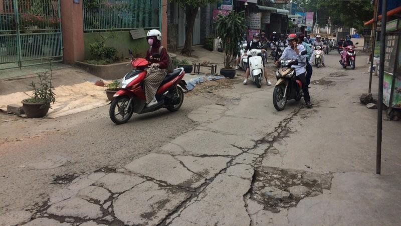 TP Biên Hòa (Đồng Nai): Con đường nhiều năm lở loét giữa trung tâm thành phố