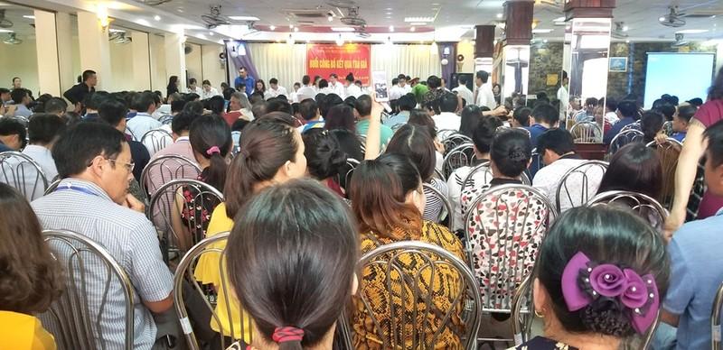 Rất đông người tham gia buổi đấu giá ngày 31/3/2019