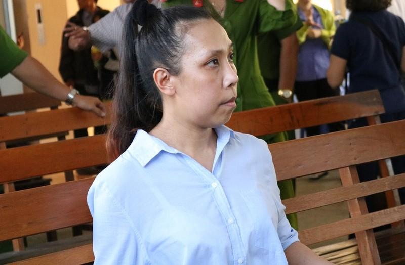 Bị cáo Uyển kháng cáo xin được giảm nhẹ hình phạt để sớm về với gia đình