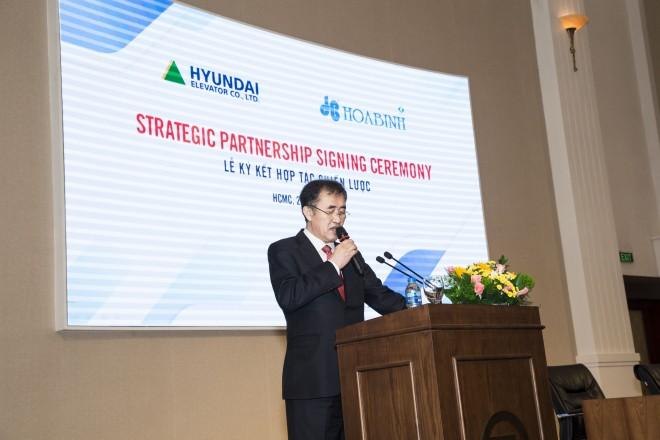 Hòa Bình ký kết thỏa thuận phát hành riêng lẻ và hợp tác chiến lược với Hyundai Elevator - Ảnh 2
