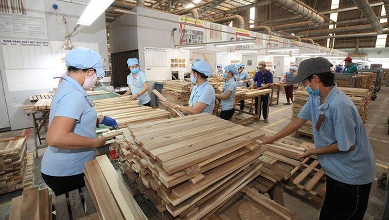 Xuất khẩu gỗ và lâm sản tăng