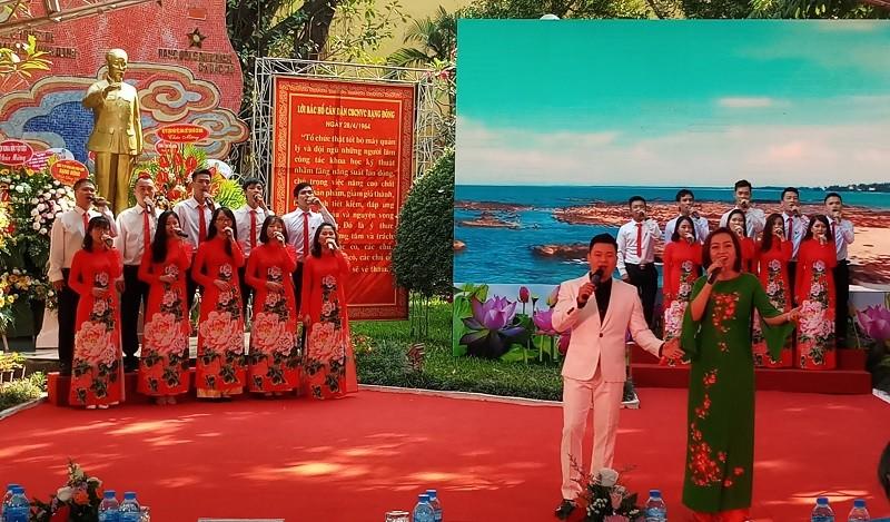 Kỷ niệm 55 năm Ngày Bác Hồ về thăm Nhà máy Rạng Đông