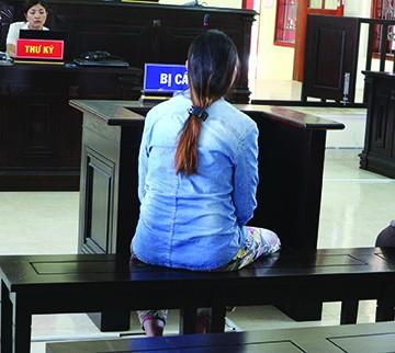 Bị cáo Phạm Thị Phú tại phiên tòa