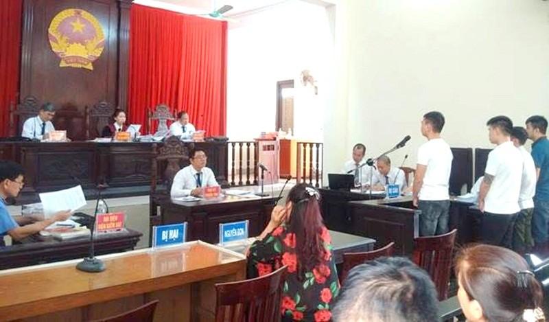 Vụ cố ý gây thương tích ở Uông Bí, Quảng Ninh: Xét xử khi còn nhiều dấu hiệu bất thường?