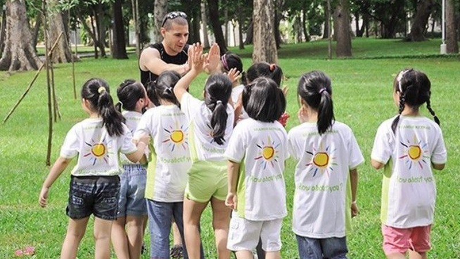 Một khóa học kỹ năng cho trẻ tại công viên