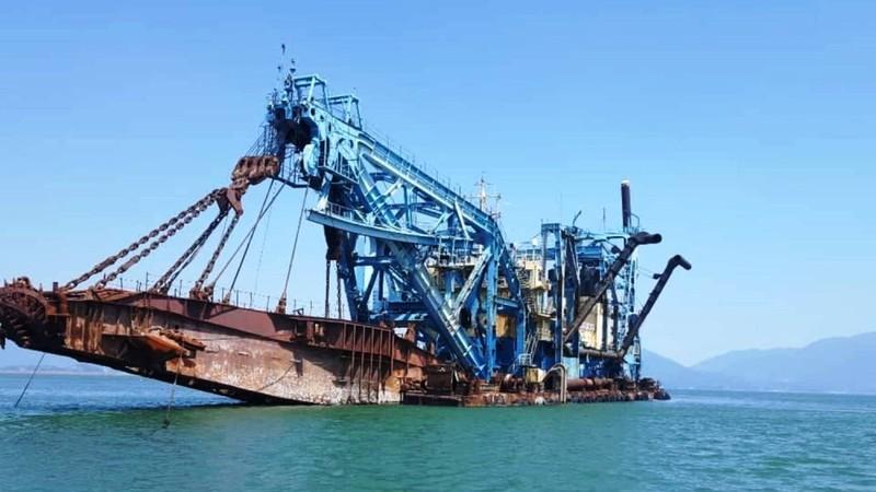 Phát triển kinh tế biển khiến vùng biển Quảng Ngãi đối mặt với việc ô nhiễm từ nhấn chìm 15 triệu m3 vật chất