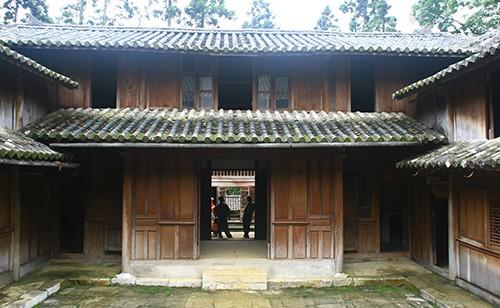 Một góc dinh thự Vua Mèo ở xã Sà Phìn (Đồng Văn, Hà Giang). Ảnh: VT/VnExpress