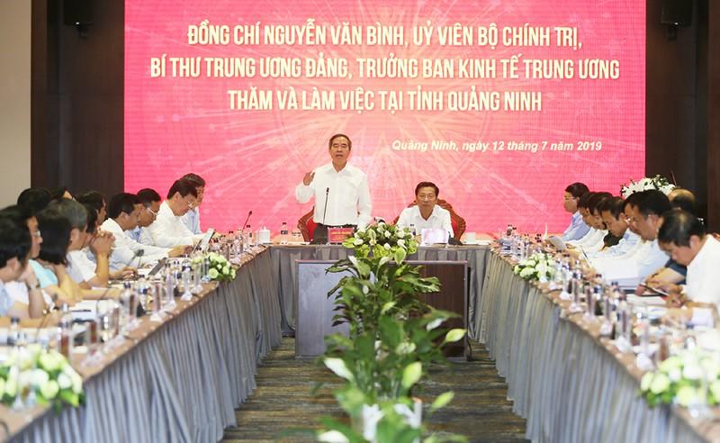 Ủy viên Bộ Chính trị, Bí thư Trung ương Đảng, Trưởng Ban Kinh tế Trung ương Nguyễn Văn Bình phát biểu tại buổi làm việc