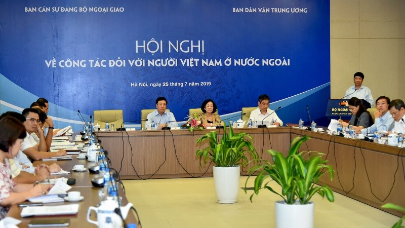 Tạo hành lang pháp lý thuận lợi để người Việt ở nước ngoài về đầu tư