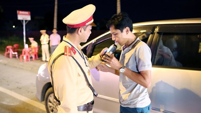 Thử nghiệm mới chứng minh độ nguy hại khi lái xe uống rượu