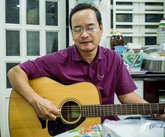 Tiến sỹ kinh tế, nhà thơ Đinh Nho Tuấn